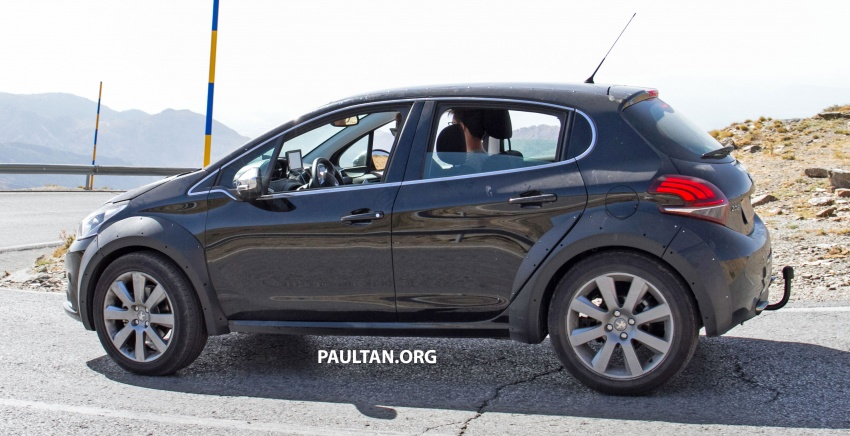 SPYSHOTS: Peugeot 1008 compact crossover on test? Image #704597