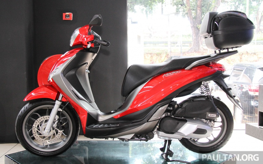 2017 Vespa S 125 i-GET and Piaggio Medley S 150 ABS launched – RM12,603 and RM18,327, respectively Image #695482