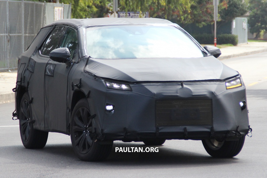 SPYSHOTS: Lexus RX with three-row seating tested Image #702507