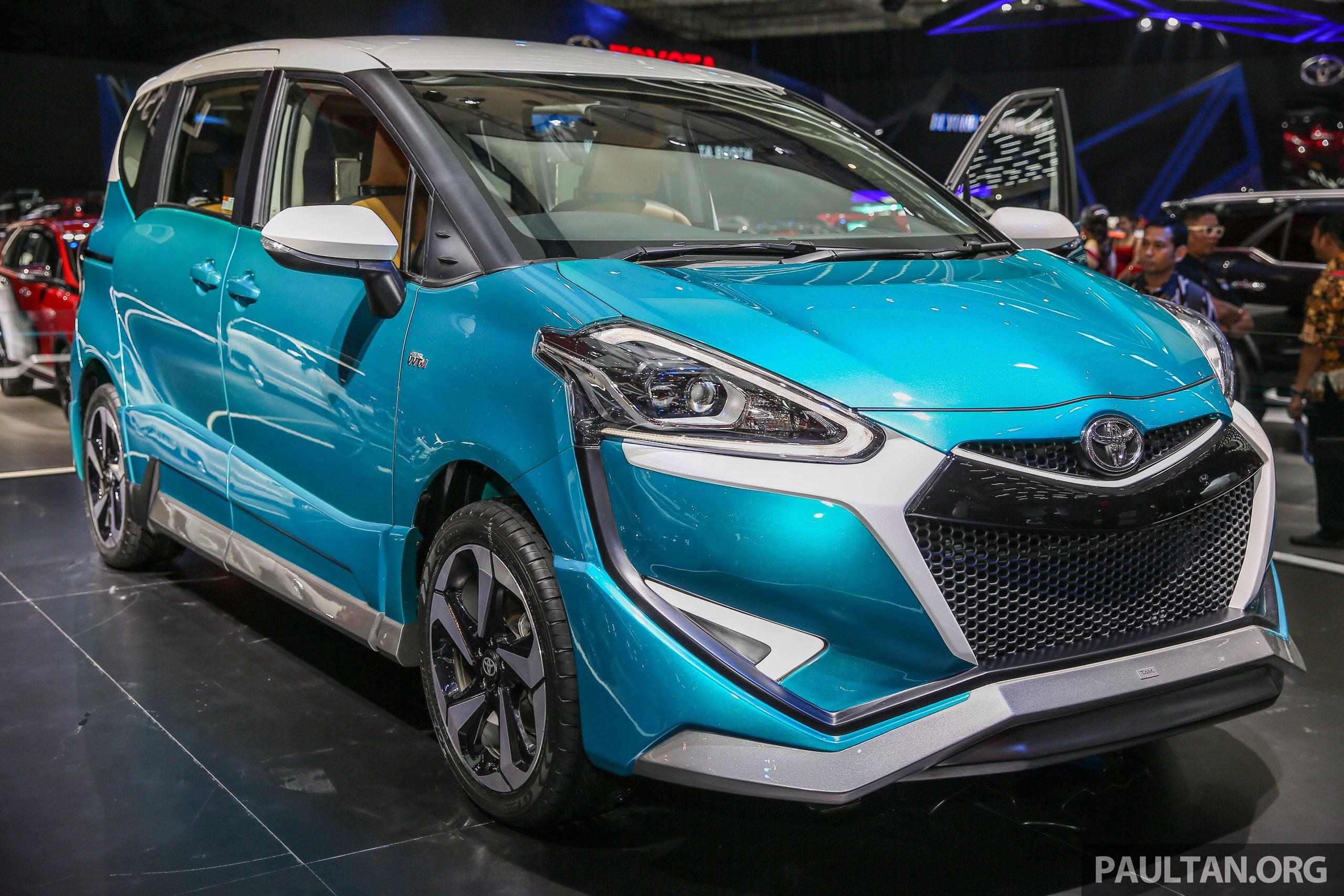 GIIAS 2017: Toyota Sienta Ezzy