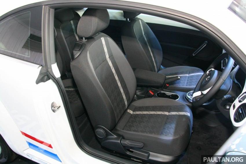 Volkswagen Beetle Edisi Merdeka ke-60 dilancarkan – imej seperti 'Herbie', terhad hanya 16 unit, RM136,888 Image #697180