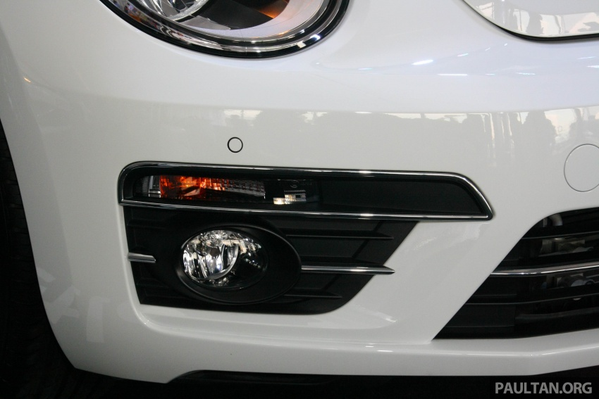Volkswagen Beetle Edisi Merdeka ke-60 dilancarkan – imej seperti 'Herbie', terhad hanya 16 unit, RM136,888 Image #697260