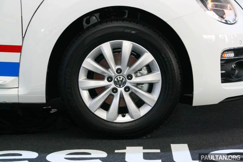 Volkswagen Beetle Edisi Merdeka ke-60 dilancarkan – imej seperti 'Herbie', terhad hanya 16 unit, RM136,888 Image #697270