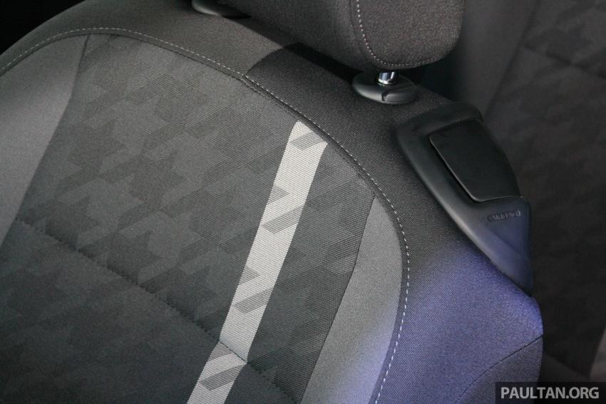 Volkswagen Beetle Edisi Merdeka ke-60 dilancarkan – imej seperti 'Herbie', terhad hanya 16 unit, RM136,888 Image #697275