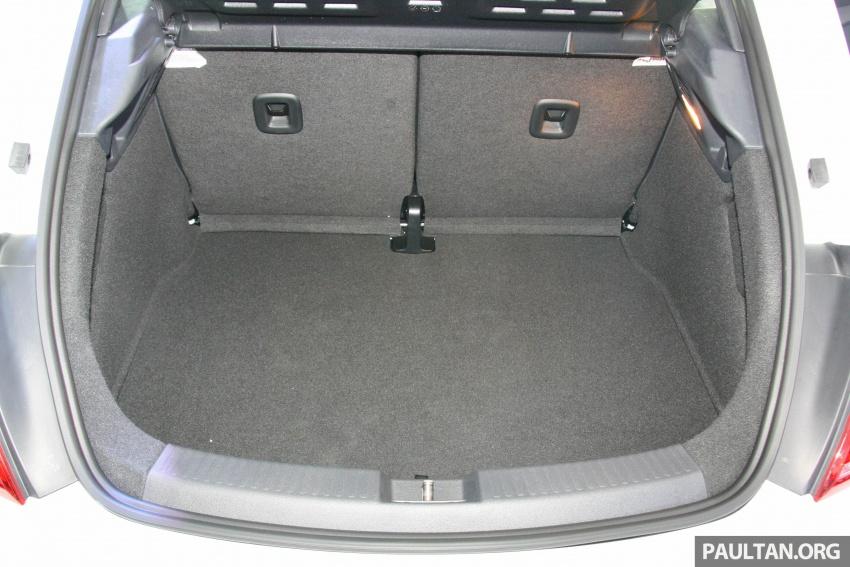 Volkswagen Beetle Edisi Merdeka ke-60 dilancarkan – imej seperti 'Herbie', terhad hanya 16 unit, RM136,888 Image #697288