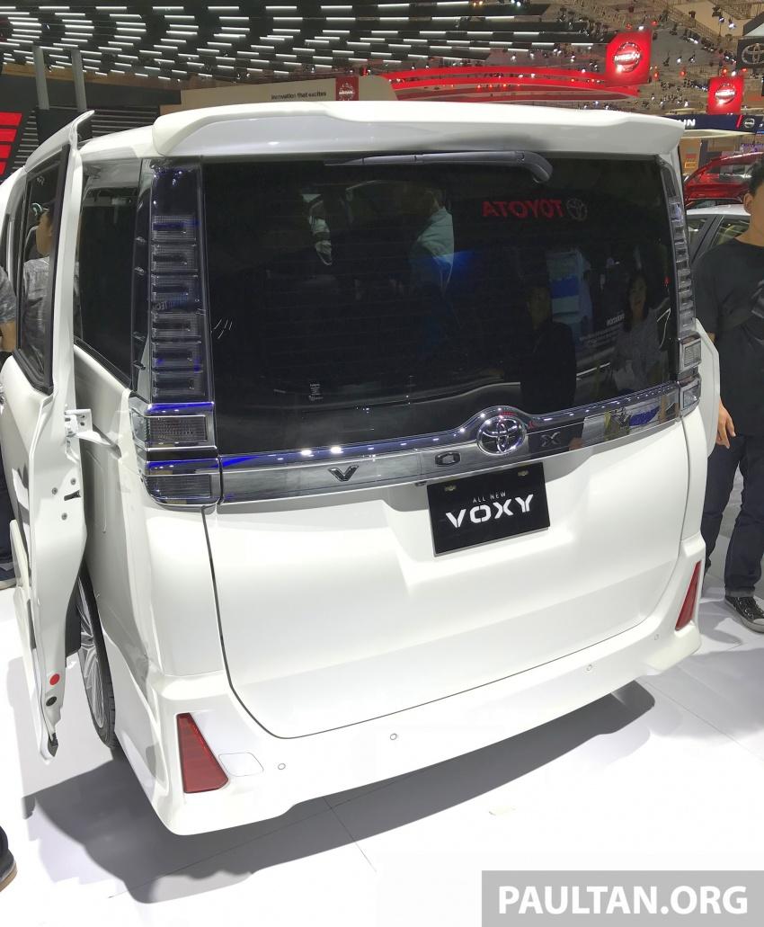 GIIAS 2017: Toyota Voxy – third-gen facelift debuts Image #698383