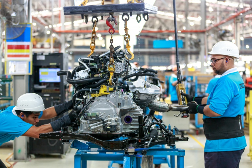 Mazda Malaysia launches new paint centre at Inokom plant – exports to include more ASEAN countries Image #715851
