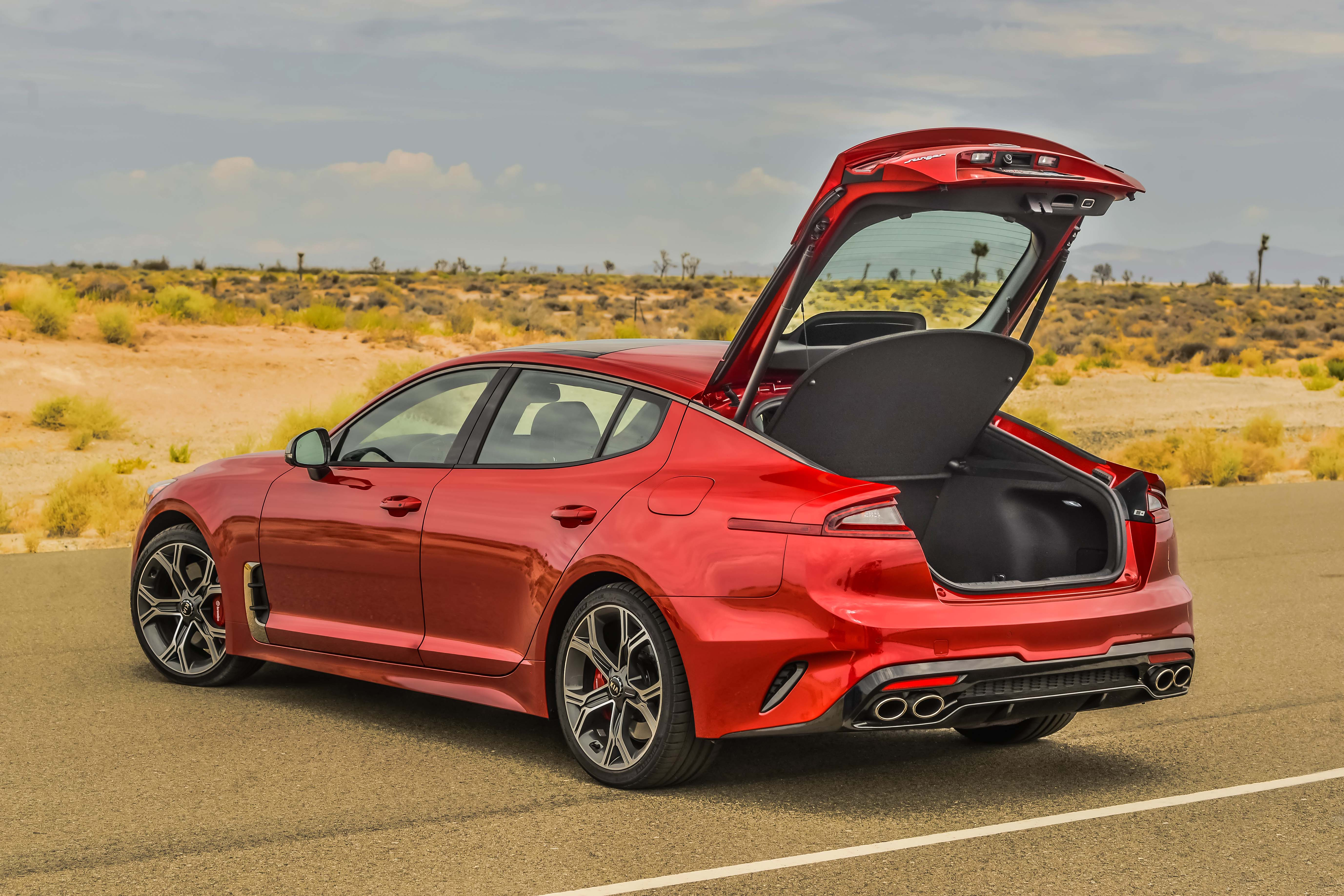 Audi 2.0 T >> 2018 Kia Stinger ready to roll in the US – 2.0T, 3.3 V6, more power than Audi S5, faster than ...