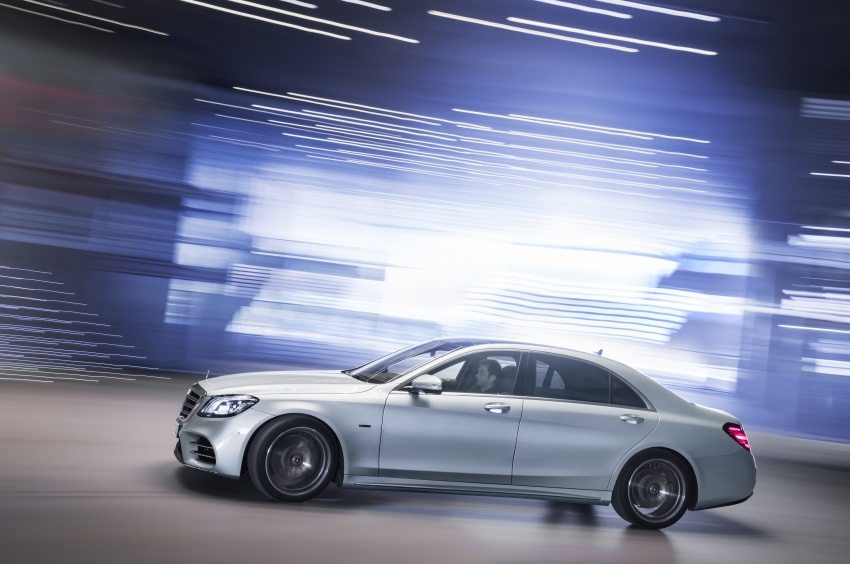 Mercedes-Benz S560e debuts in Frankfurt – up to 50 km of electric driving range, 0-100 km/h in 5 seconds Image #709282
