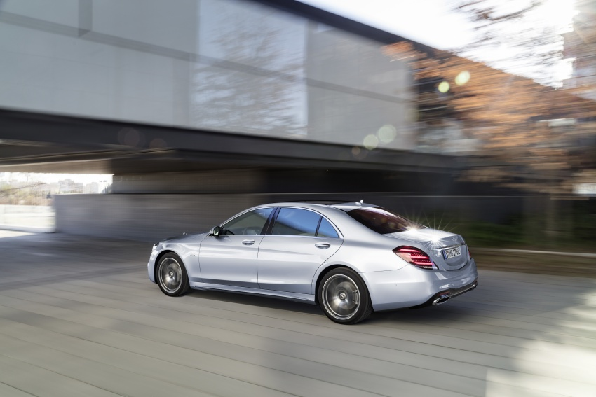 Mercedes-Benz S560e debuts in Frankfurt – up to 50 km of electric driving range, 0-100 km/h in 5 seconds Image #709291