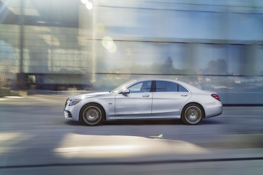 Mercedes-Benz S560e debuts in Frankfurt – up to 50 km of electric driving range, 0-100 km/h in 5 seconds Image #709298