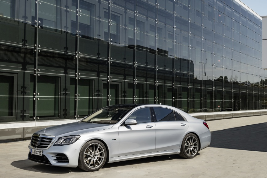 Mercedes-Benz S560e debuts in Frankfurt – up to 50 km of electric driving range, 0-100 km/h in 5 seconds Image #709300
