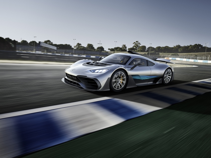 Mercedes-AMG Project One hypercar finally unveiled – sub-6 seconds 0-200 km/h, top speed over 350 km/h Image #708511