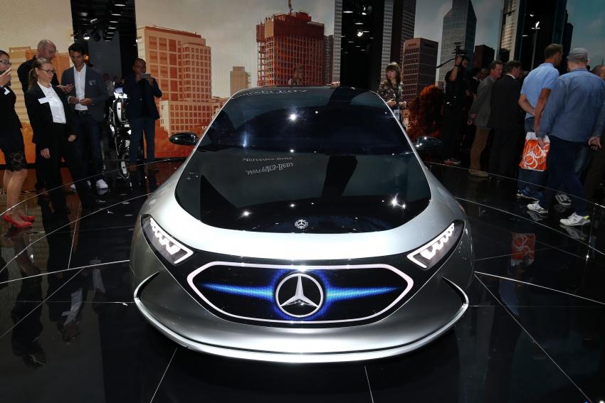 Mercedes-Benz Concept EQ A revealed in Frankfurt Image #712105