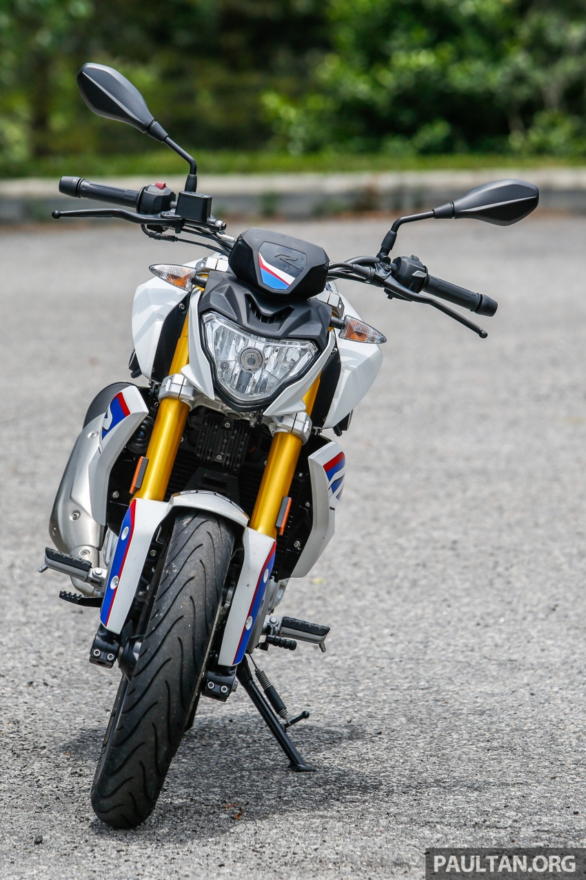 REVIEW: 2017 BMW Motorrad G310R in Malaysia – RM27k with ABS, but is it a proper BMW bike? Image #709541