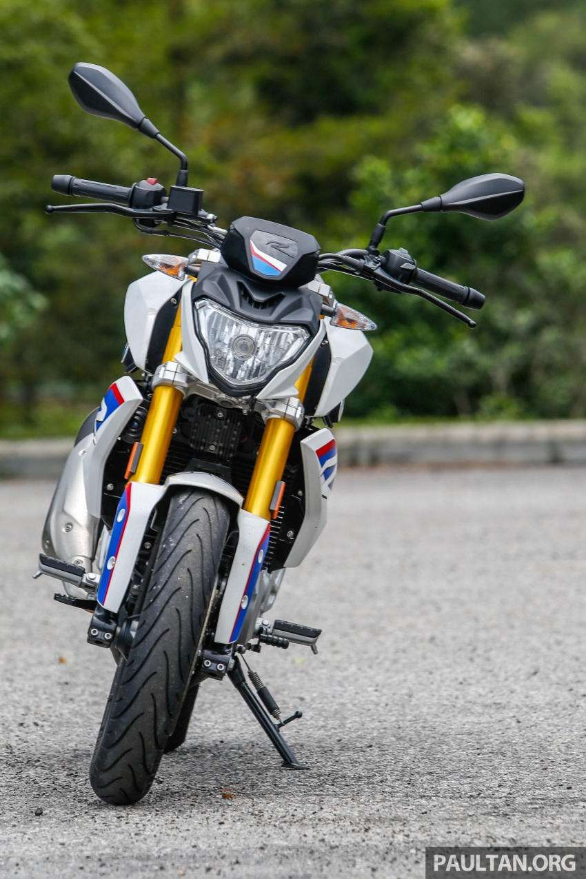 REVIEW: 2017 BMW Motorrad G310R in Malaysia – RM27k with ABS, but is it a proper BMW bike? Image #709542