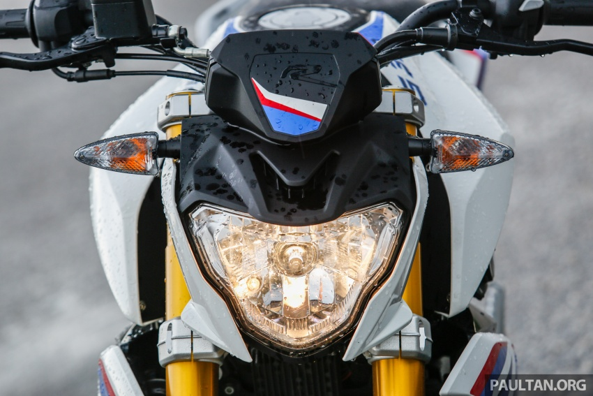 REVIEW: 2017 BMW Motorrad G310R in Malaysia – RM27k with ABS, but is it a proper BMW bike? Image #709548