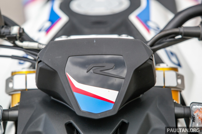 REVIEW: 2017 BMW Motorrad G310R in Malaysia – RM27k with ABS, but is it a proper BMW bike? Image #709549