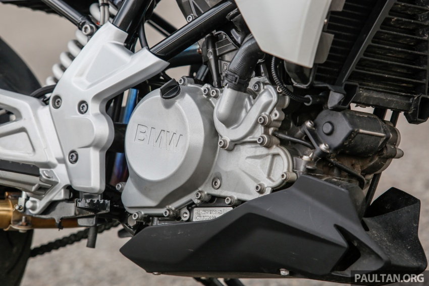 REVIEW: 2017 BMW Motorrad G310R in Malaysia – RM27k with ABS, but is it a proper BMW bike? Image #709551