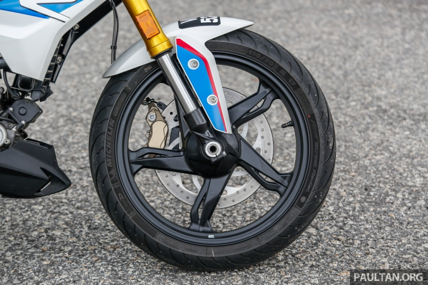 REVIEW: 2017 BMW Motorrad G310R in Malaysia – RM27k with ABS, but is it a proper BMW bike? Image #709554