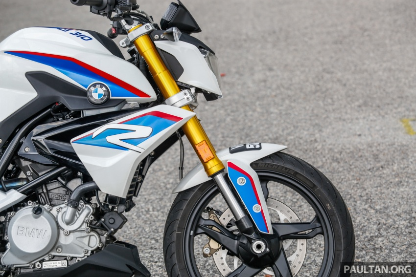 REVIEW: 2017 BMW Motorrad G310R in Malaysia – RM27k with ABS, but is it a proper BMW bike? Image #709558