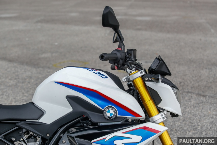REVIEW: 2017 BMW Motorrad G310R in Malaysia – RM27k with ABS, but is it a proper BMW bike? Image #709561