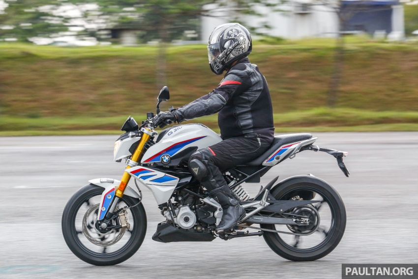 REVIEW: 2017 BMW Motorrad G310R in Malaysia – RM27k with ABS, but is it a proper BMW bike? Image #709580