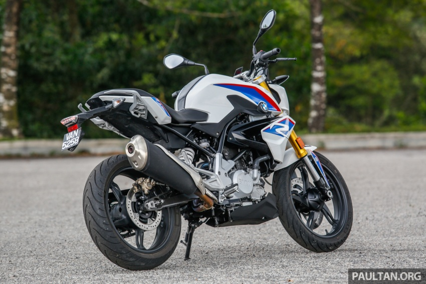 REVIEW: 2017 BMW Motorrad G310R in Malaysia – RM27k with ABS, but is it a proper BMW bike? Image #709534