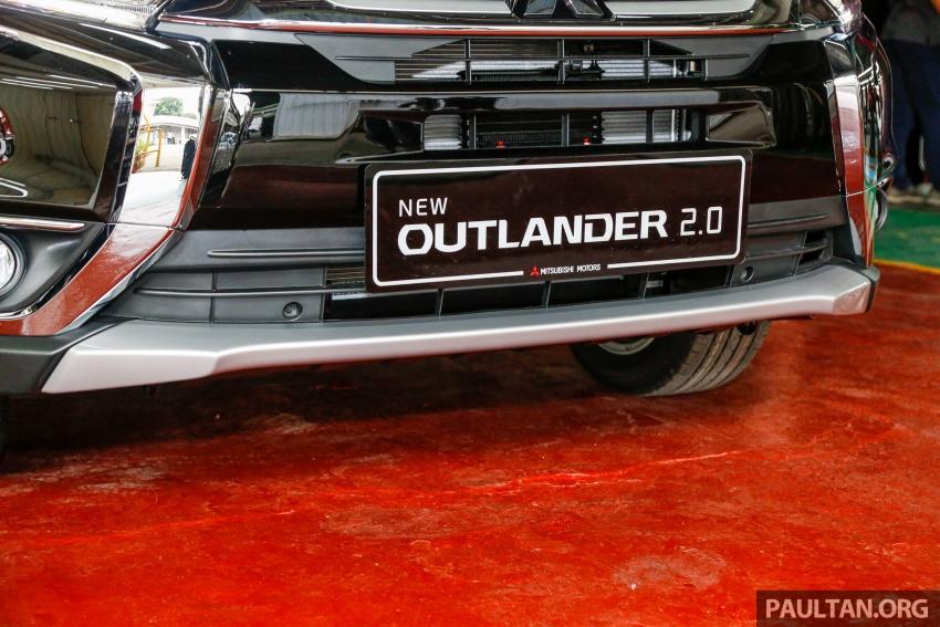 Mitsubishi Outlander 2.0 AWD CKD debuts – RM140k Image #710173