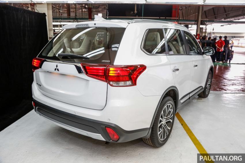Mitsubishi Outlander 2.0 AWD CKD debuts – RM140k Image #710156