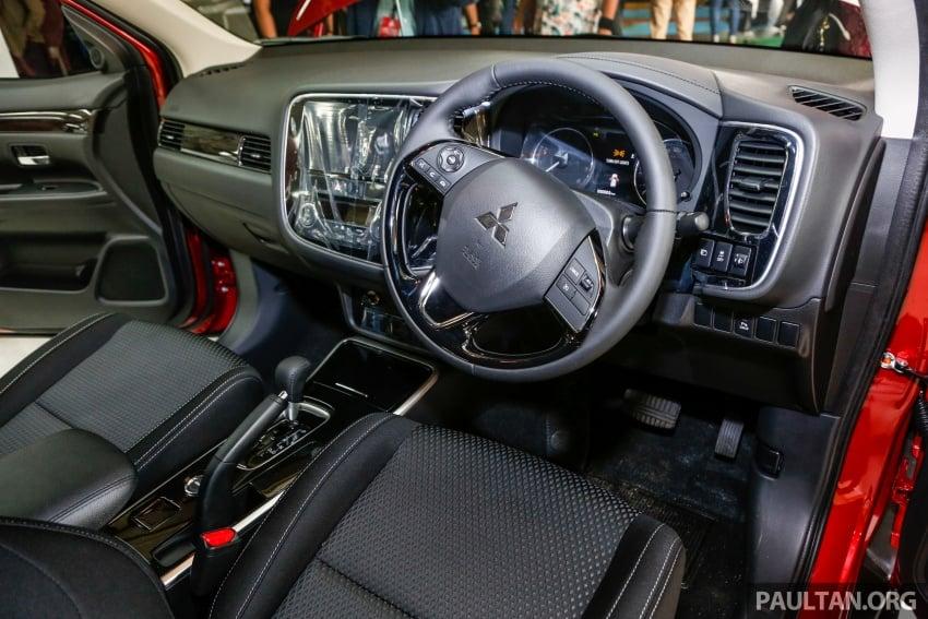 Mitsubishi Outlander 2.0 AWD CKD debuts – RM140k Image #710211