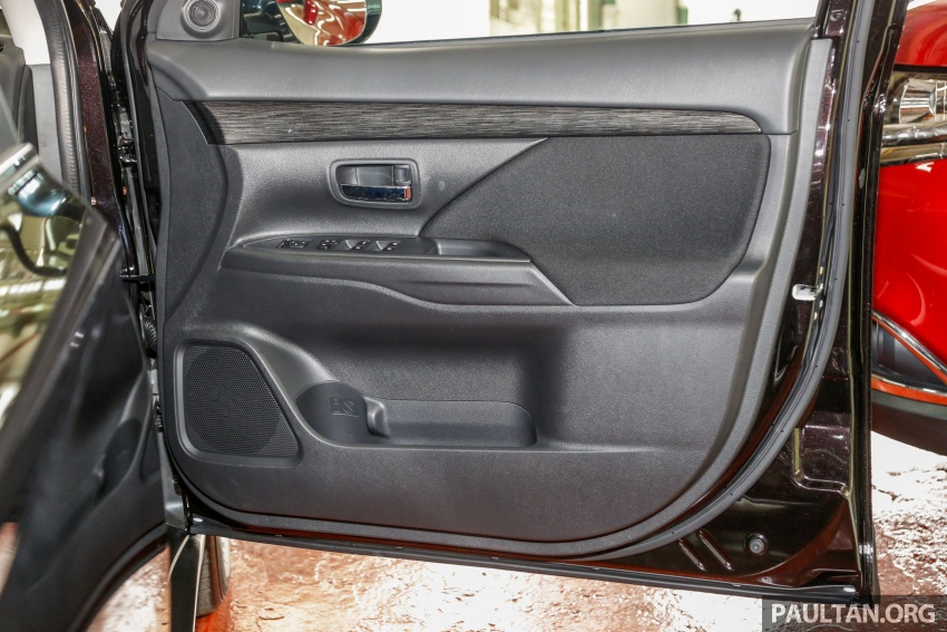 Mitsubishi Outlander 2.0 AWD CKD debuts – RM140k Image #710242