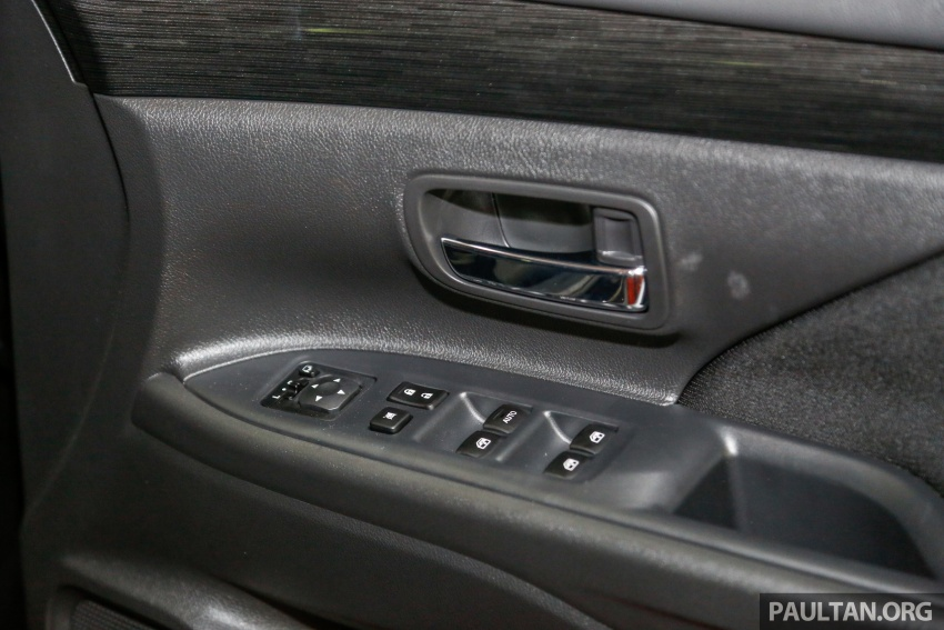 Mitsubishi Outlander 2.0 AWD CKD debuts – RM140k Image #710243