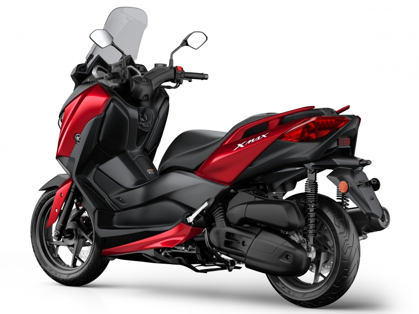 2018 Yamaha X-Max 125 scooter released in Europe Image #709936