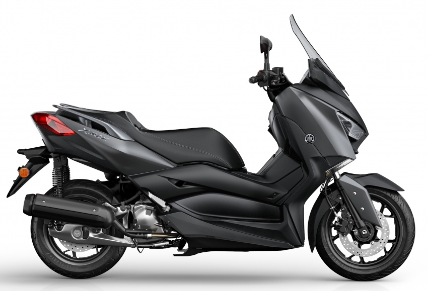 2018 Yamaha X-Max 125 scooter released in Europe Image #709926