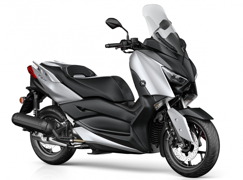 2018 Yamaha X-Max 125 scooter released in Europe Image #709931