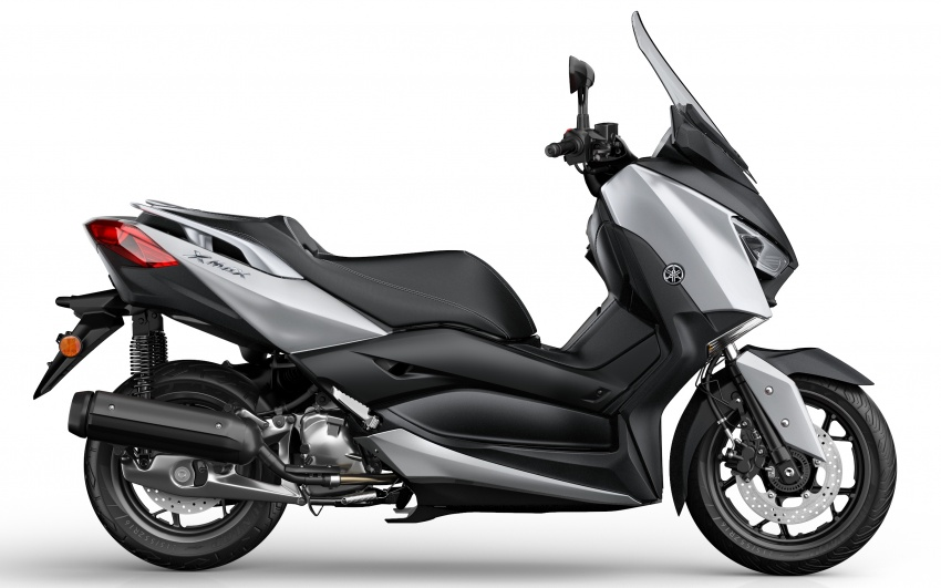 2018 Yamaha X-Max 125 scooter released in Europe Image #709932