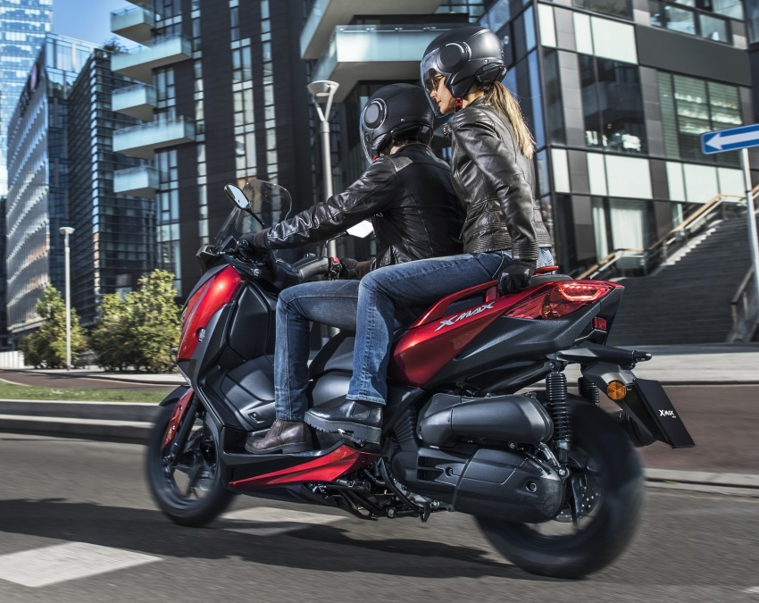 2018 Yamaha X-Max 125 scooter released in Europe Image #709937