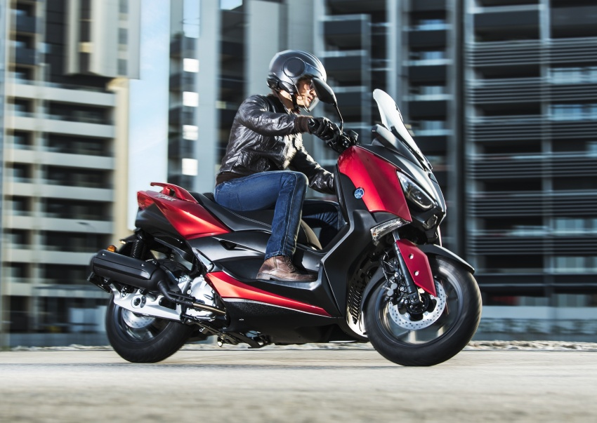 2018 Yamaha X-Max 125 scooter released in Europe Image #709938