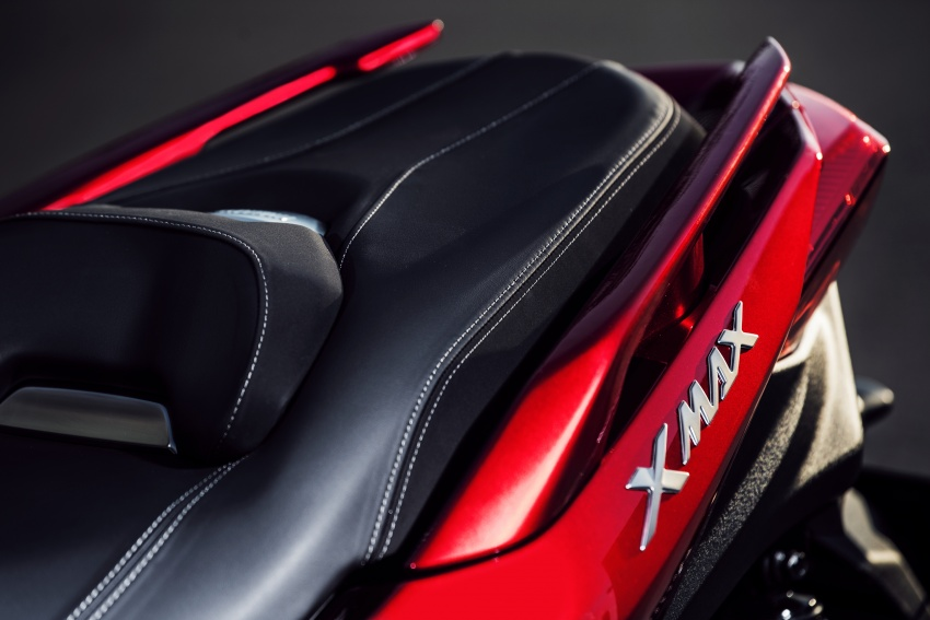 2018 Yamaha X-Max 125 scooter released in Europe Image #709995