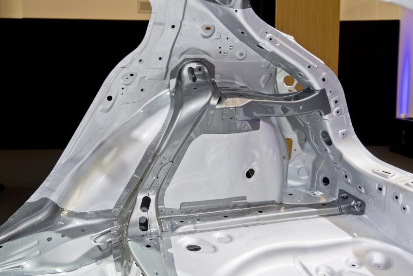 Mazda releases more details of new SkyActiv-X engine with compression ignition, next-gen Mazda 3 platform Image #707117