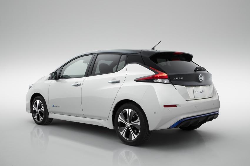 Nissan Leaf 2018 punya lebih teknologi dan bergaya Image #706428