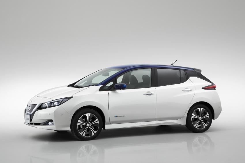 Nissan Leaf 2018 punya lebih teknologi dan bergaya Image #706433