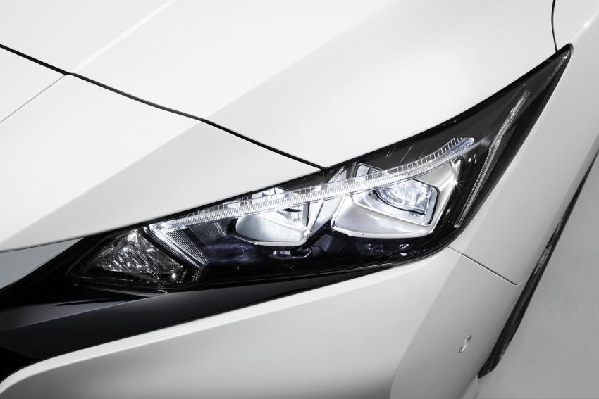 Nissan Leaf 2018 punya lebih teknologi dan bergaya Image #706440