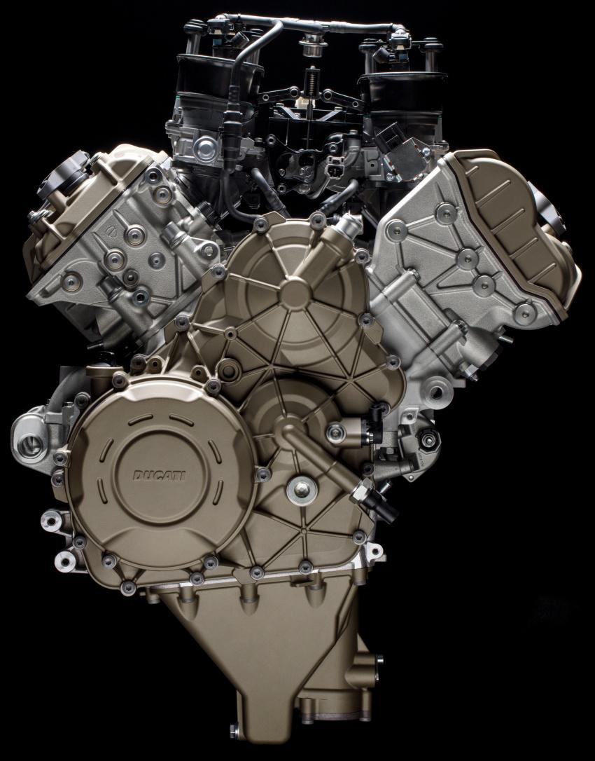 Ducati unveils new Desmosedici Stradale V-four Image #710490