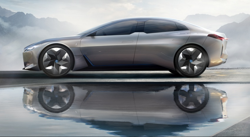 BMW i Vision Dynamics makes debut in Frankfurt – previews new model positioned between i3 and i8 Image #709118