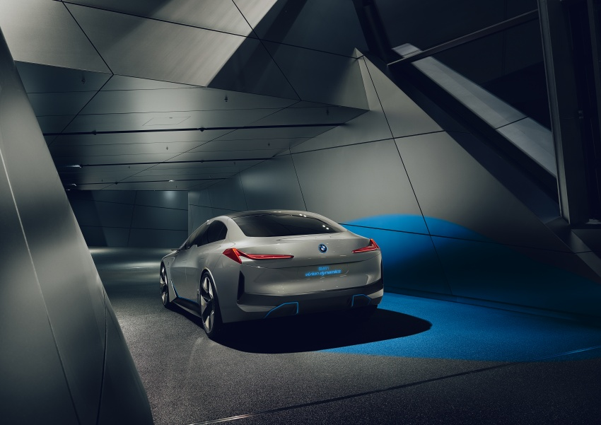 BMW i Vision Dynamics makes debut in Frankfurt – previews new model positioned between i3 and i8 Image #709106