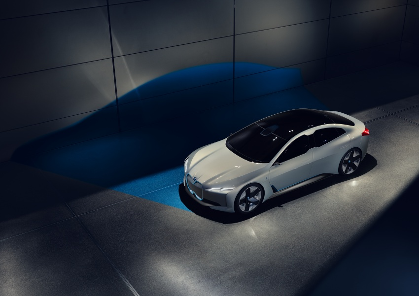 BMW i Vision Dynamics makes debut in Frankfurt – previews new model positioned between i3 and i8 Image #709107