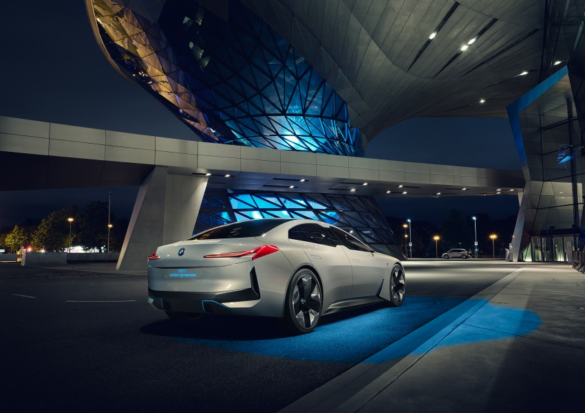 BMW i Vision Dynamics makes debut in Frankfurt – previews new model positioned between i3 and i8 Image #709109