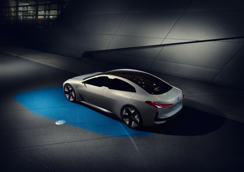 BMW i Vision Dynamics makes debut in Frankfurt – previews new model positioned between i3 and i8 Image #709111